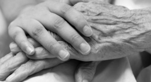 Prendre soin des personnes malades ou âgées